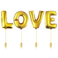 """Надпись из метровых шаров """"Love"""""""